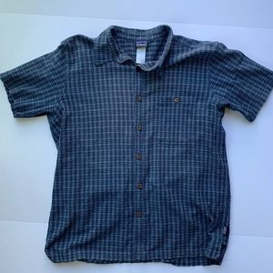 Men's Large Patagonia Blue Button Down